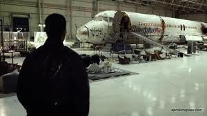 "Paramount presents ""Flight"""